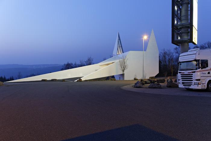 http://www.kirstenbucher.de/wp-content/uploads/J1A5493_Autobahnkirche_k.jpg
